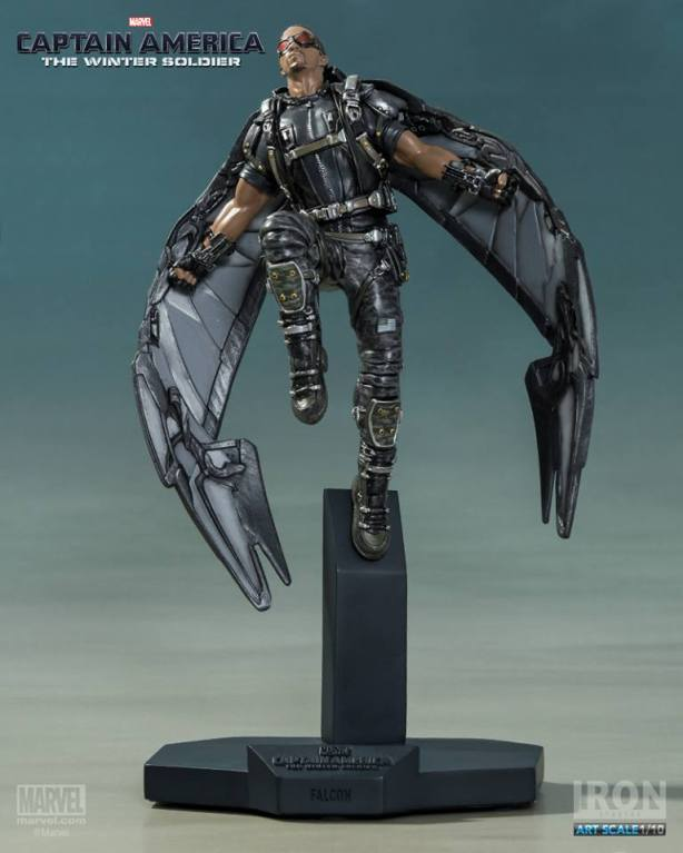 Captain-America-The-Winter-Soldier-Falcon-Art-Scale-Iron-Studios-13