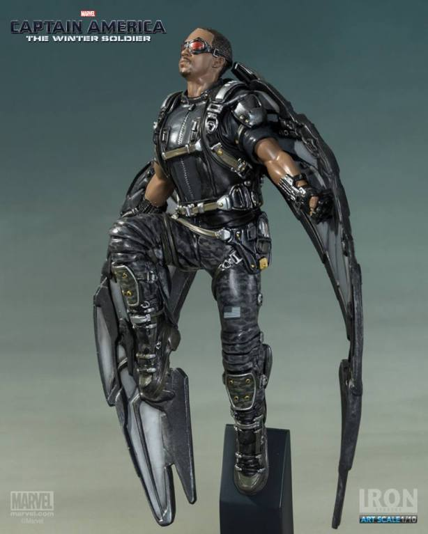 Captain-America-The-Winter-Soldier-Falcon-Art-Scale-Iron-Studios-14
